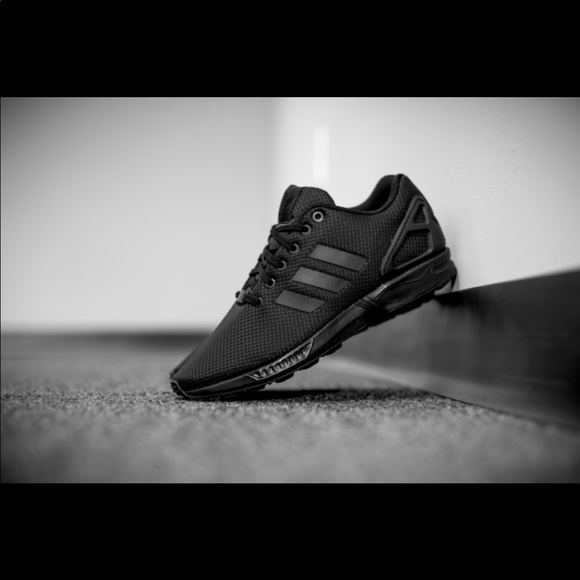 finest selection 2cf81 264af Adidas Flux all black women's size 6